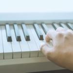 助眠钢琴曲(睡前减压放松入睡)