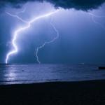 深度睡眠下雨声丨助眠雷雨声
